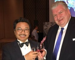 Naujoks trifft MA Zhen xuan, Executive Chairman der World Peace & Diplomacy Organization  (WPDO)