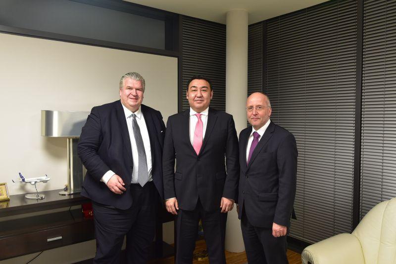 NAUJOKS zu Gast bei Bolat Nussupov, Botschafter der Republik Kasachstan in Berlin